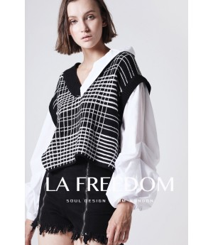 LA Freedom Black and White Top