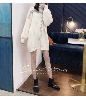 SomeOthers High Neck Sweater-White