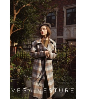 VEGA VESTURE Brown Cashmere Coat with Black Bowknot