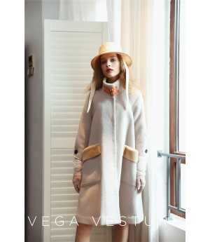 VEGA VESTURE Coat with Pocket