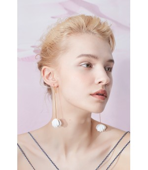 YVMIN White Shell Earrings