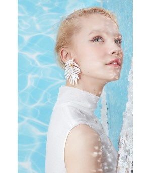YVMIN White Broad Leaved Earrings