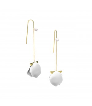 YVMIN Pearl Petals Earrings