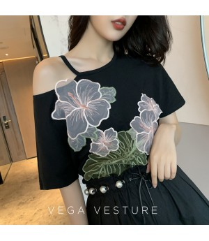 VEGA VESTUER Off-Shoulder Flower Shirt-Black