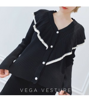 VEGA VESTUER Fungus Two Ways Of Wearing Top-Black