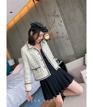 VEGA VESTUER Gold Wire Lattice Wool Coat