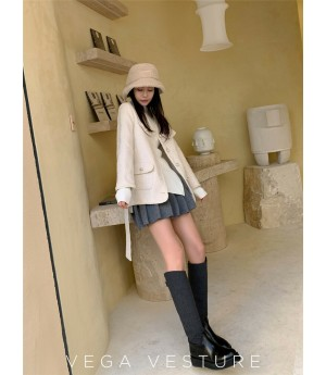 VEGA VESTUER Pearl Button Coat-White