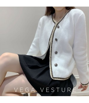 VEGA VESTUER Single-Breasted Wool Cardigan-White