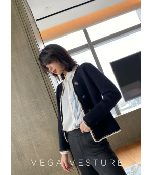VEGA VESTUER Single-Breasted Wool Cardigan-Black
