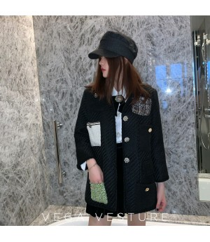 VEGA VESTUER Hepburn Style Diamond Button Coat