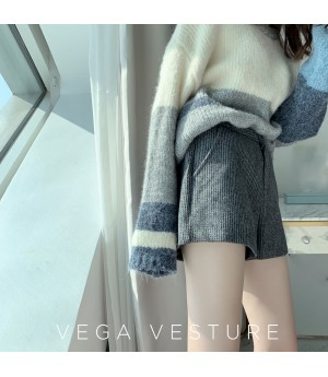 VEGA VESTUER Stripe Woolen Short-Dark Grey