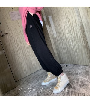 VEGA VESTUER Flower Leisure Pants-Black