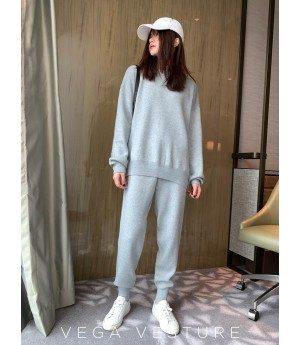 VEGA VESTUER Variety of Shapes Two-Piece-Grey