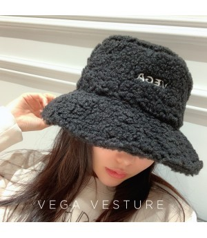 VEGA VESTUER Lambswool Fisherman's Hat-Black