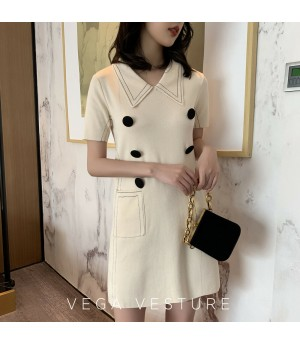 VEGA VESTUER Double-Breasted Knit Dress-White