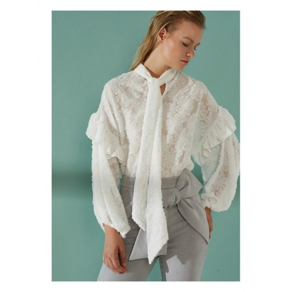 AlternaSenses White Blouse
