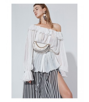 AlternaSenses Off-shoulder Shirt
