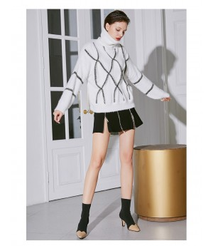AlternaSenses High Neck Knitting Sweater-White