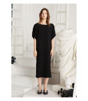 Istyni Midi Dress-Black
