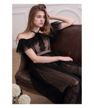 Istyni Black Lace Dress