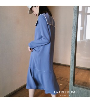 LA Freedom Square Collar Love Sleeve Dress