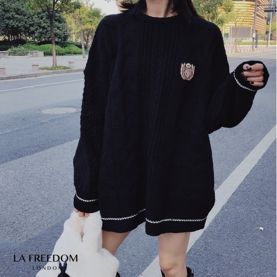 LA Freedom College Style Insignia Sweater-Black