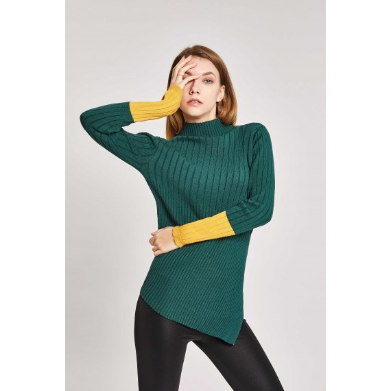 MacyMccoy Irregular Color Bottoming Shirt-Blackish Green