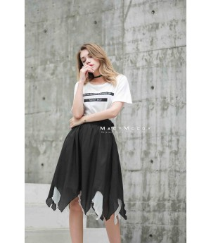 MacyMccoy black and white stitching half skirt