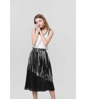 MacyMccoy black pleat half skirt