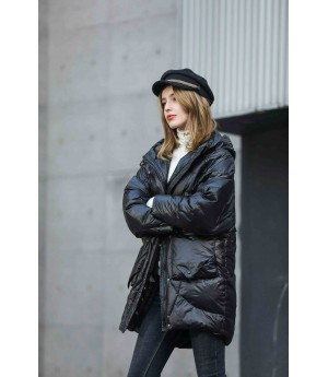 MacyMccoy Long-style down jacket with rope and cap-Black
