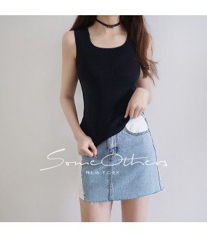 SomeOthers Basic Knit Top-Black