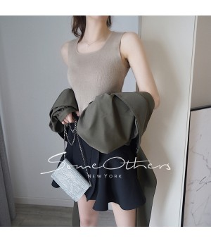 SomeOthers Basic Knit Top-Khaki