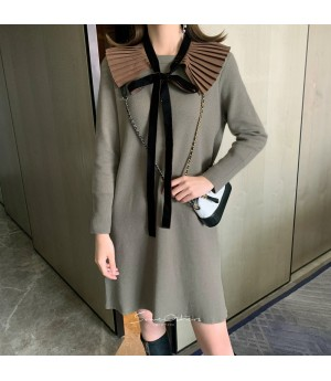 SomeOthers Wrinkle Collar Knit Dress-Khaki