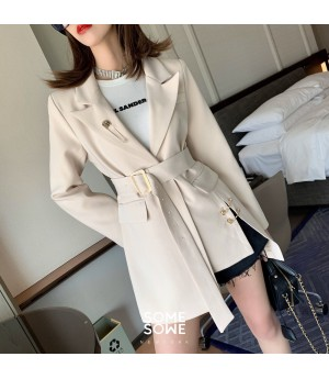 SomeOthers Irregular Split Brooch Suit-Rice Color